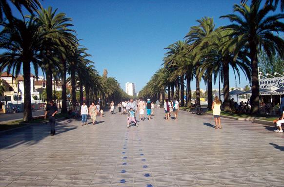 Strandpromenaden i Salou.