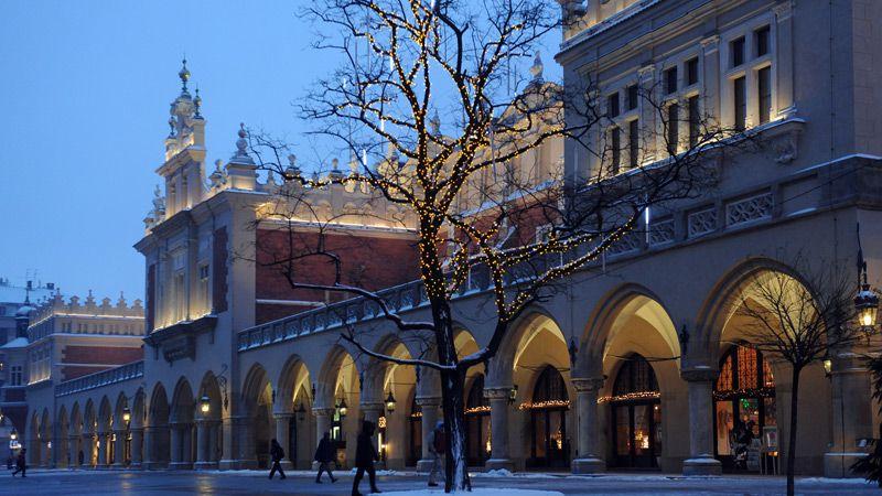 En bild som visar en julmarknader i kraków, europa | Jörns Resor