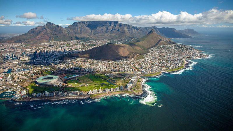 Kapstaden med det platta Taffelberget i bakgrunden. Foto: Shutterstock