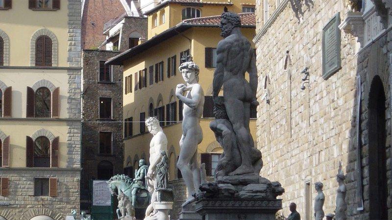 Statyer Florens.