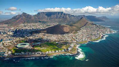 Kapstaden med Taffelbergen i bakgrunden. Foto: Shutterstock