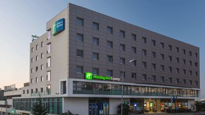 Utsida Holiday Inn Express Lisbon Alfragide